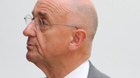 War Ende der 1990er Jahre in Bayern ein Jahr lang Justizminister: Alfred Sauter.