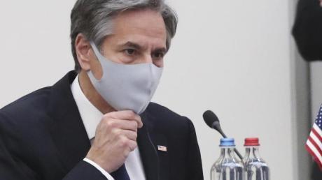 US-Außenminister Antony Blinken spricht im Nato-Hauptquartier mit seinem deutschen Amtskollegen.