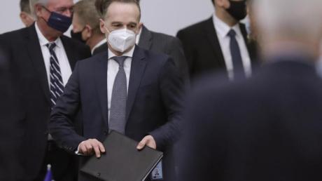 Heiko Maas (M) beim Außenministertreffen im Nato-Hauptquartier in Brüssel.