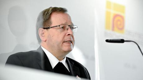 Georg Bätzing kritisiert das Segnungsverbot des Vatikans für homosexuelle Paare.