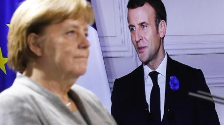 Bundeskanzlerin Angela Merkel während Videokonferenz mit Frankreichs Präsidenten Emmanuel Macron.