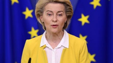 Die Beamten der EU-Kommissionschefin Ursula von der Leyen müssen nun die Ausgabepläne der EU-Staaten prüfen und genehmigen.