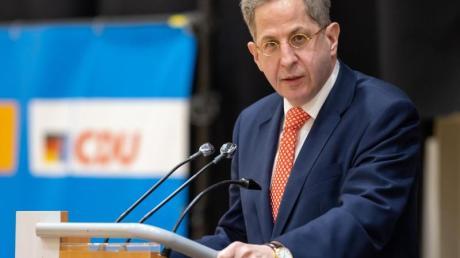 Hans-Georg Maaßen (CDU) spricht vor der Wahlkreisvertreterversammlung der CDU-Kreisverbände in Südthüringen.