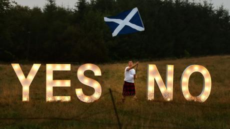 """Einfach nur """"Ja"""" oder """"Nein"""" anzukreuzen wie beim Unabhängigkeitsreferendum 2014, geht bei der Wahl des Regionalparlaments natürlich nicht."""