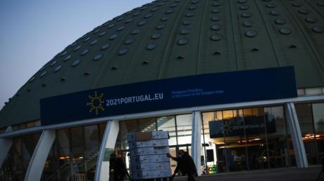 Der Crystal Palace ist Schauplatz des EU-Gipfels in Porto, Portugal.