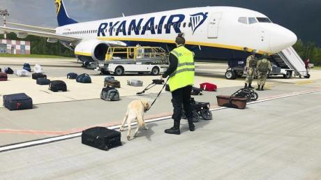 Belarussische Behörden hatten ein Ryanair-Flugzeug auf dem Weg von Athen nach Vilnius zur Landung gebracht.