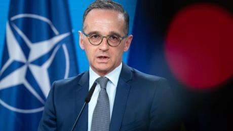 Außenminister Heiko Maas äußert sich vor der Sitzung des Nordatlantikrates im Auswärtigen Amt.
