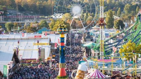 Das Cannstatter Volksfest im Jahr 2019. «Das, was als letztes wieder gehen können wird, ist Party», sagt Jens Spahn.