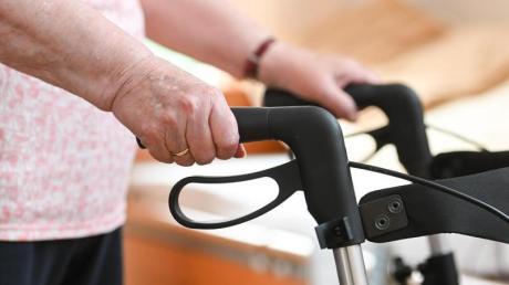 Pflegebedürftige sollen von Zuzahlungen im Heim entlastet werden.
