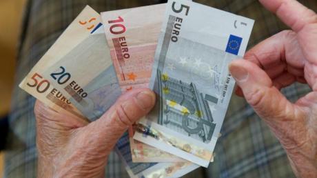 Rund 1,3 Millionen Menschen mit kleiner Rente bekommen einen Aufschlag.
