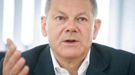 SPD-Kanzlerkandidat Olaf Scholz hat Vorwürfe gegen die Grünen-Kandidatin Annalena Baerbock als etwas übertrieben bezeichnet.