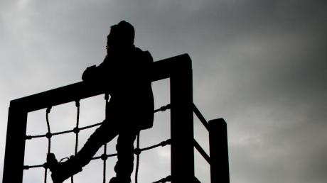Laut Paritätischem Wohlfahrtsverband sind Kinder und Jugendliche in erheblichem Ausmaß von Armut betroffen.
