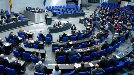 Der Ton im Bundestag sei mit dem Einzug der AfD vor vier Jahren rauer geworden, hört man oft aus anderen Fraktionen. Dass sich dies im Herbst ändern wird, ist unwahrscheinlich.