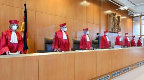 Der Zweite Senat beim Bundesverfassungsgericht eröffnet die mündliche Verhandlung zu Äußerungsbefugnissen von Regierungsmitgliedern.