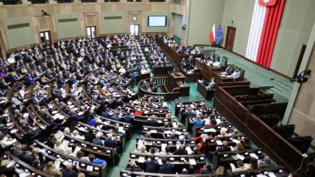 Debatte über das neue Mediengesetz im polnischen Parlament.