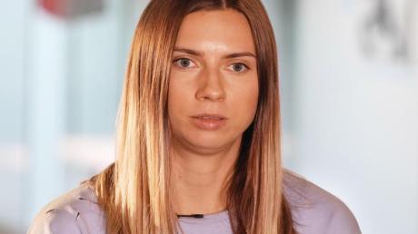 Kristina Timanowskaja (l), Sprinterin aus Belarus.