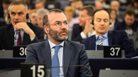 Lange wurde spekuliert, nun ist klar: Manfred Weber will EVP-Fraktionschef bleiben und Vorsitzender der konservativen Partei werden.
