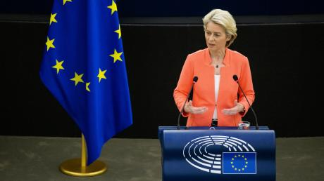 Die EU-Kommissionspräsidentin Ursula von der Leyen hielt eine phasenweise pathetische Rede zur Lage der Union – Kritiker überzeugte sie damit nicht.