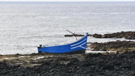 Immer wieder versuchen Migranten, in kleinen Booten von Nordafrika nach Spanien zu gelangen. Symbolbild.