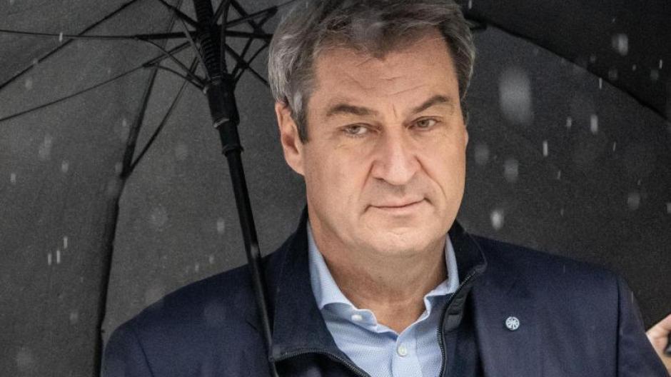 Sowohl die CSU als auch Markus Söder müssen laut aktueller Umfrage einen Dämpfer hinnehmen.
