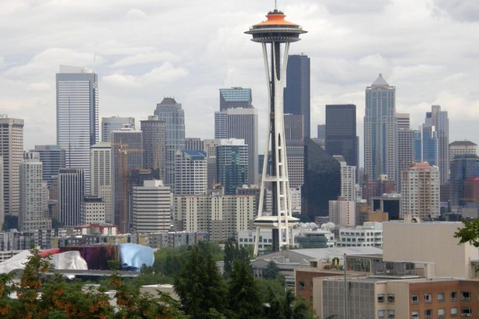 Wie Ein Umgedrehtes Ufo Auf Stelzen Die Space Needle Ist Wahrzeichen Von Seattle Foto Heike Schmidt Augsburger Allgemeine