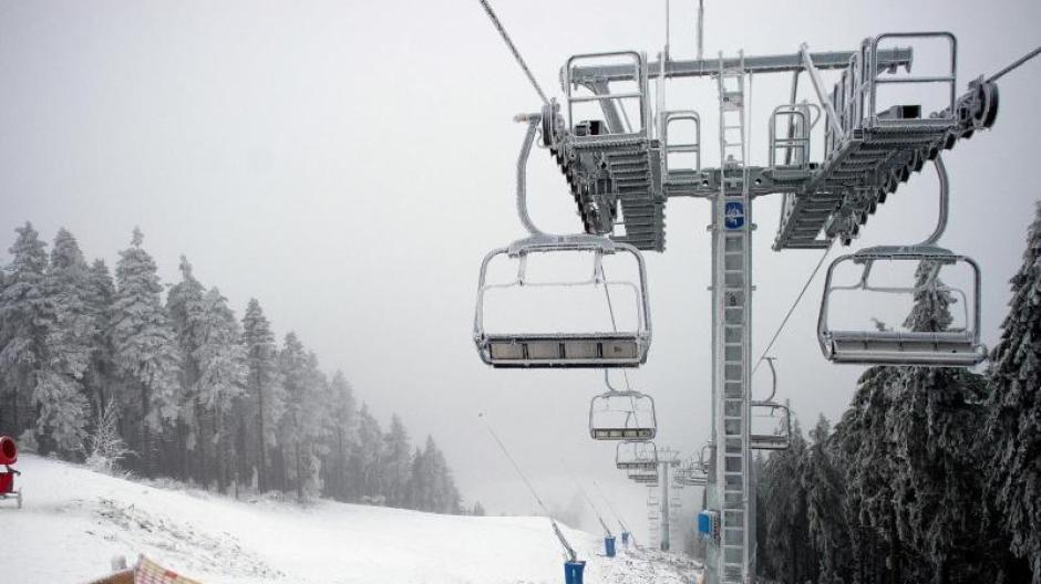 Tourismus Mittelgebirge Warten Weiter Auf Schnee Reise Urlaub