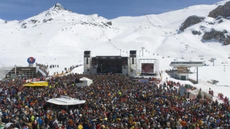 """Musik auf 2300 Metern Höhe bietet das """"Top of the Mountain Easter Concert"""" in Ischgl - es ist ein Highlight der Ski-Events."""