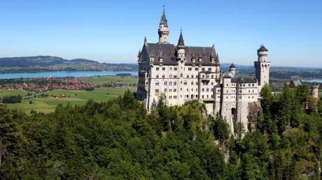 Vor allem Schloss Neuschwanstein ist bei Touristen in Bayern beliebt.