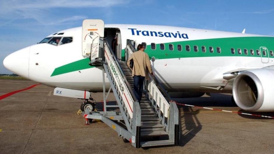 Flughafen München Billig Airline Transavia Streicht Fast