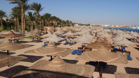 Relaxen am Roten Meer:Die Nachfrage nach Ägypten ist bei Neckermann und Thomas Cook stark gestiegen - hier der Strand in der Makadi Bucht. Foto: Philipp Laage