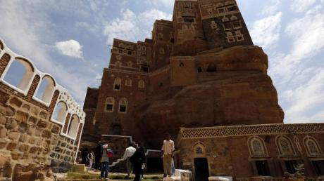Kulturstätte Dar al-Hajar im Jemen:Obwohl Krieg herrscht, gibt es wagemutige Reisende, die sich in das Land aufmachen. Foto: Yahya Arhab
