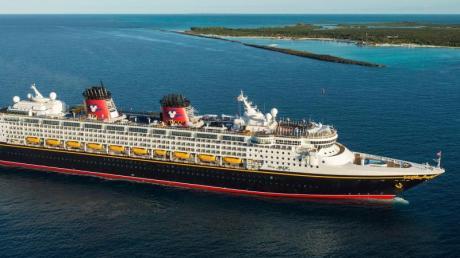 Mykonos, Santorin, Kreta: Die «Disney Magic» steuert im nächsten Jahr auch griechische Inseln an.