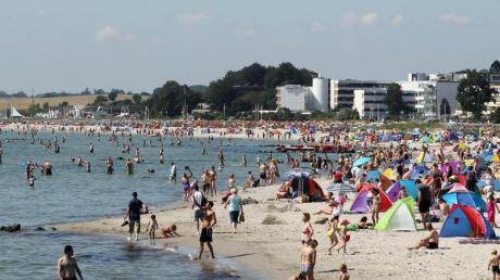 Erfrischung pur: Die deutsche Ostseeküste lockt aktuell mit Wassertemperaturen zwischen 16 und 20 Grad. Foto: Malte Christians