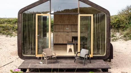 Ferien in einer Hütte aus Pappe:Das ist in einem sogannten Wikkelhouse auf Helgoland möglich. Foto: Georg Lucas Müller/Helgoland Tourismus-Service/dpa-tmn