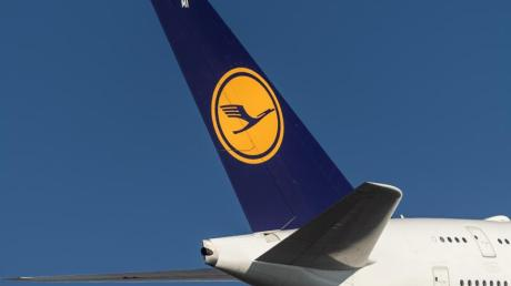 Lufthansa-Kunden können Kunden ab sofort bei der Buchung nachhaltigeres Kerosin einkaufen.