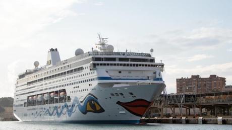Die «Aida Mira» im Hafen von Palma de Mallorca - am 23. Dezember soll es nun für Gäste von Südafrika aus losgehen.