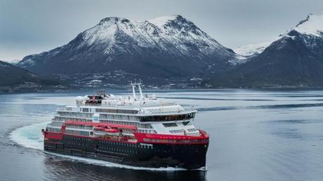 Zum Themendienst-Bericht vom 4. Dezember 2019: Die «Fridtjof Nansen» von Hurtigruten geht früher an den Start als geplant.