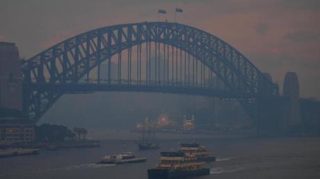 Sydney versinkt in einer stinkenden Rauchwolke.