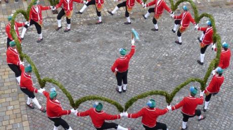 In Murnau findet der Schäfflertanz statt. Das Spektakel wird nur alle sieben Jahre veranstaltet.