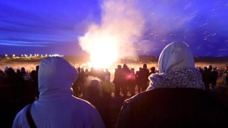 An rund 50 Orten an der Nordsee können Besucher am 21. Februar der Tradition beiwohnen.