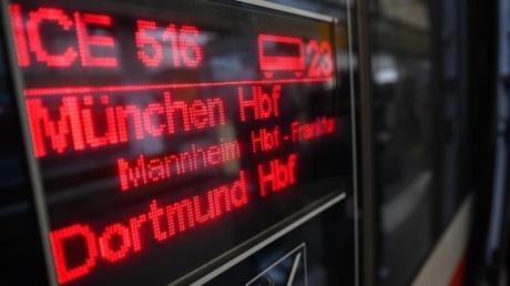 Mit dem ICE kommen Reisende in 37 Minuten von Mannheim nach Stuttgart. Ab 10. April müssen sie 45 Minuten mehr einplanen.