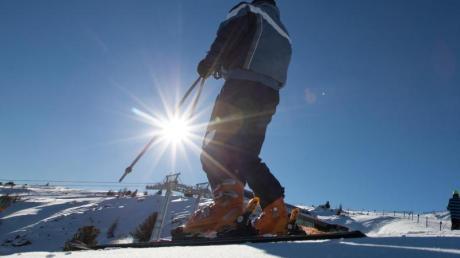 Freude amSkifahren bieten derzeit viele Skigebiete der Alpen. Manches deutsche Mittelgebirge wartet noch auf Schnee.