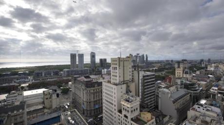 Neben Argentinien lassen auch Peru, Panama und von Honduras keine Reisenden mehr ins Land.