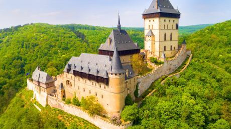 Beliebtes Touristenziel: Burg Karlstein.