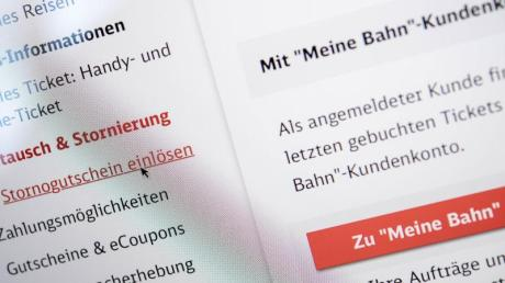 Bahnkunden sollen vom 2. April an auch im Web und mobil gebuchte Sparpreis- und Supersparpreistickets online wieder stornieren können.
