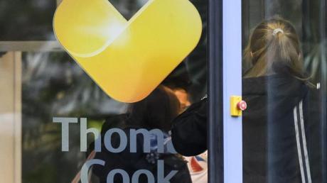 Die Thomas-Cook-Pleite war für viele Urlauber ein Desaster: Die als sicher geglaubten Reisen wurden abgesagt. Betroffene Kunden können nun eine Auszahlung bereits geleisteter Reisekosten jetzt online beantragen.