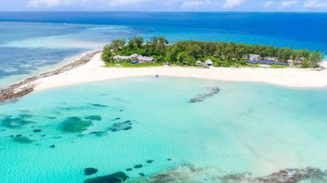Da kommt Robinson-Crusoe-Gefühl auf: die Miet-Insel Thanda Island in Tansania aus dem Angebot von Vladi Private Islands.