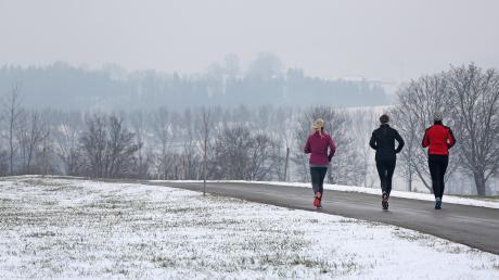 Laufen, Wandern, Spazierengehen, das darf auch während des Lockdowns ausgeübt werden. Für die Ausflüge sind die aktuellen Corona-Bedingungen zu beachten.