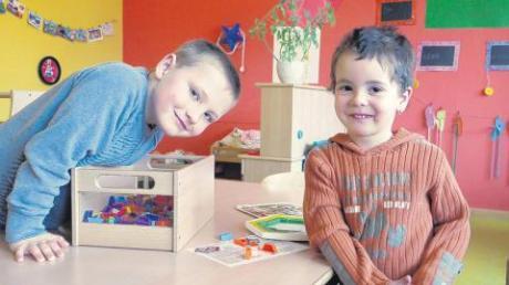 Jacob (links) und Luca freuen sich schon auf ihren neuen Kindergarten.