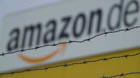 Der Vize-Vorsitzende des Amazon-Betriebsrats soll sich rassistisch geäußert haben. Er wurde aber nicht verurteilt.